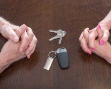 Как не делить машину при разводе: способы избежать раздела