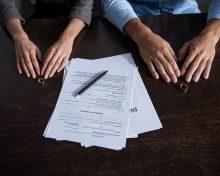 Развод и раздел имущества при наличии брачного договора
