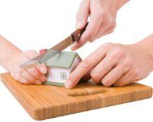 Как делится долевая собственность супругов на квартиру при разводе: способы, порядок действий