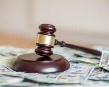 Компенсация при разделе имущества супругов: порядок взыскания, сроки