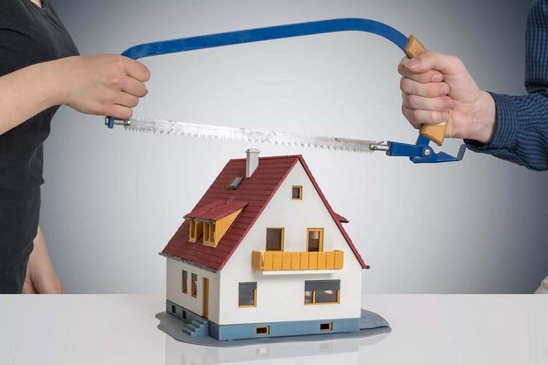 Раздел имущества без развода
