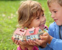 Выписка детей из квартиры при разводе: все возможные варианты