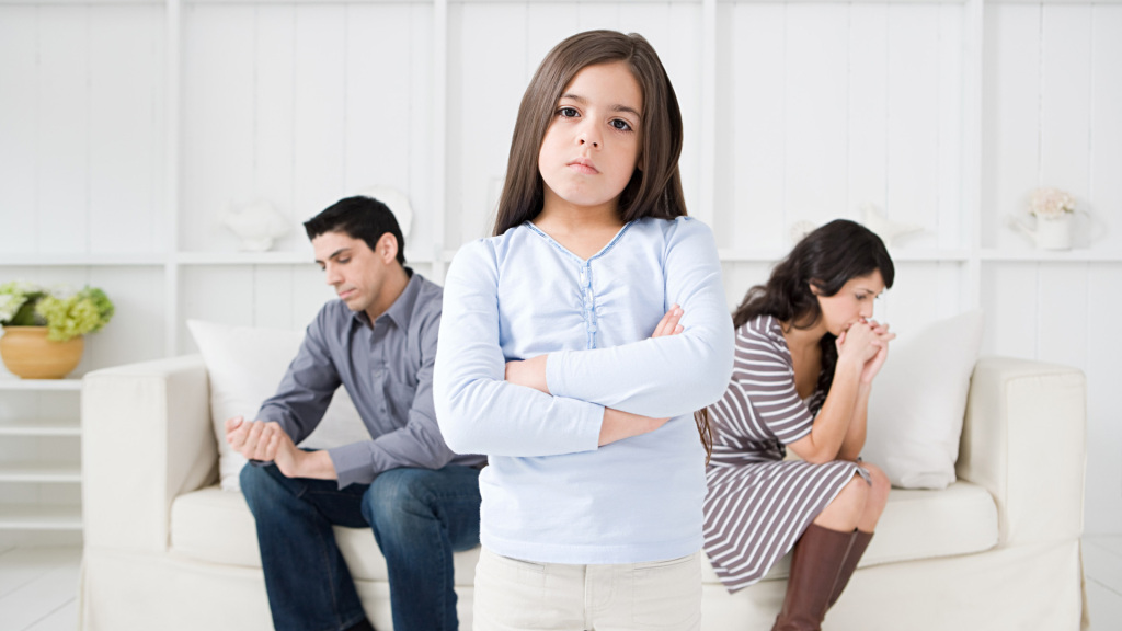 Особенности оформления развода при наличии несовершеннолетних детей